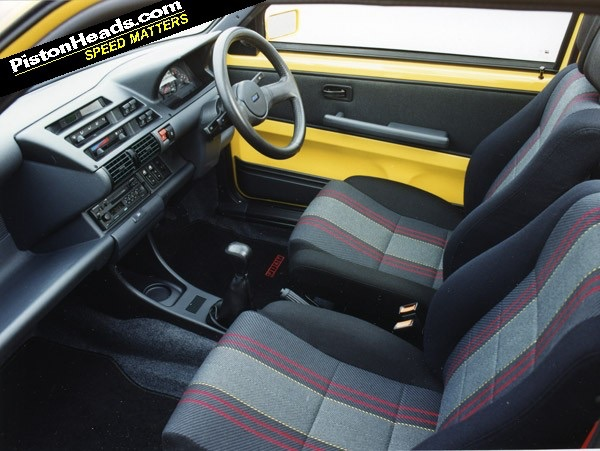 Fiat 126 club nederland fiat 126 club forum compleet for Compleet interieur